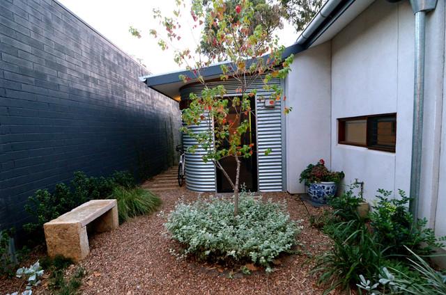 Courtyard eclectic-exterior