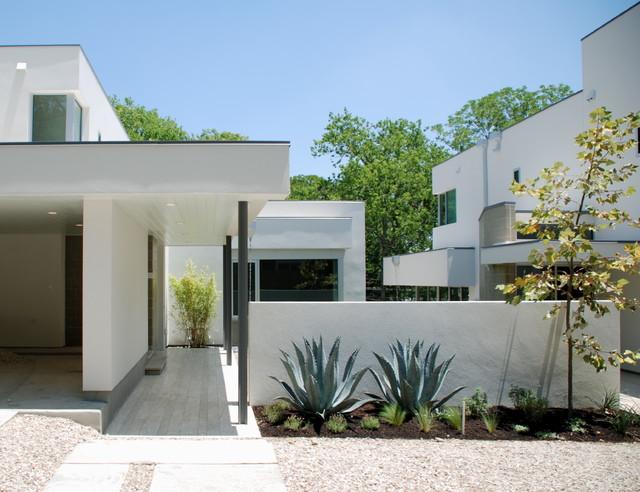 courtyard view/ 29th modern-exterior