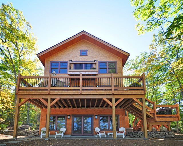 Cozy Timberframe Lake House Traditional Exterior  : traditional exterior from www.houzz.com size 640 x 510 jpeg 211kB