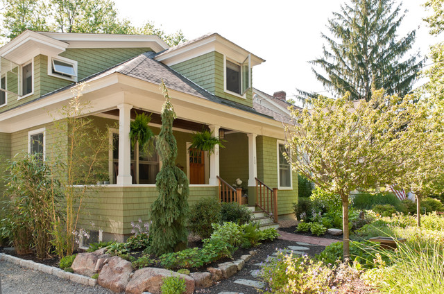 Craftsman exterior for Craftsman landscape design ideas