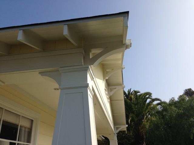 craftsman home porch column and bracket details