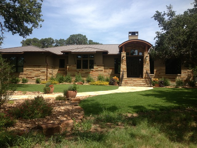 Craftsman style in the texas hill country for Texas hill country style