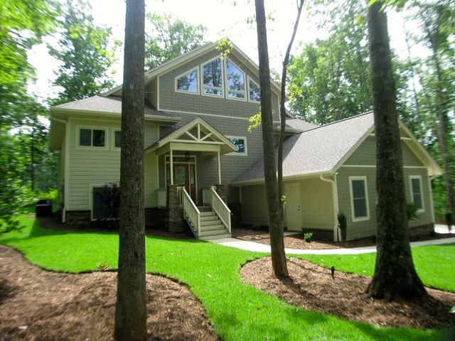 Craftsman style split level cherokee valley sc for Craftsman style split level homes