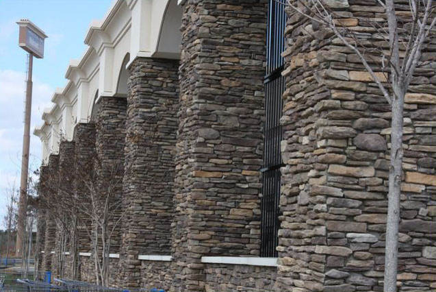 Creekblend Ledge Stone Columns
