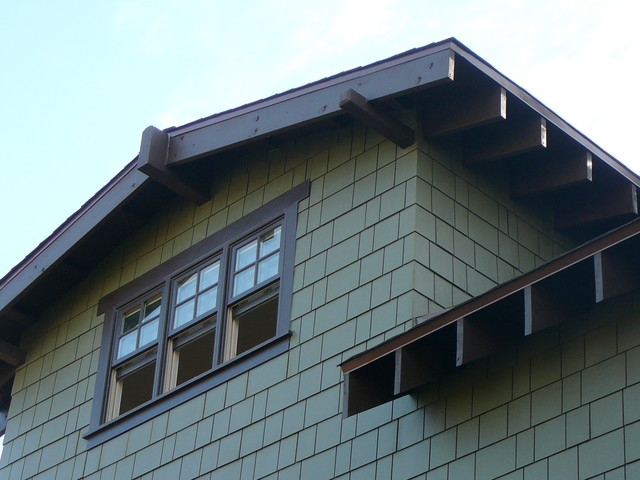 Culver City Craftsman Low Pitched Front Gable Detail