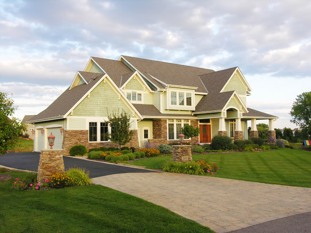 Curb appeal traditional exterior minneapolis by for Houzz landscape architects