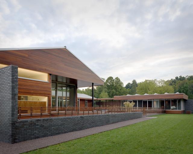 Curved House contemporary-exterior