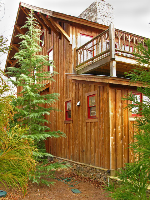 Custom build lake cabin rustic-exterior