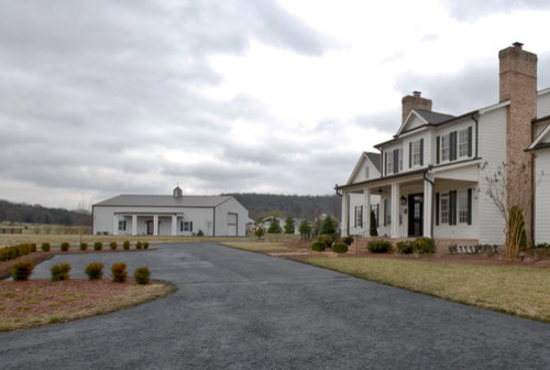 Custom designed farm house with large mother in law for Homes for sale with inlaw quarters