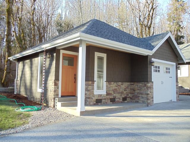Custom home design for Garage con studio