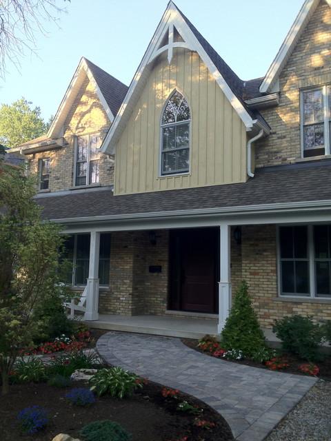 custom home designs traditional-exterior