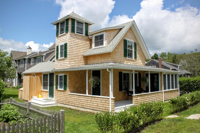 Custom Home Exteriors Traditional Exterior