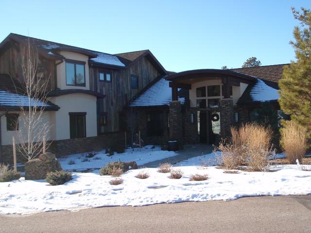Custom Home in Avienda del Sol, Castle Rock, Colorado traditional-exterior