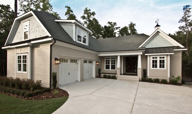 custom home, landfall traditional-exterior