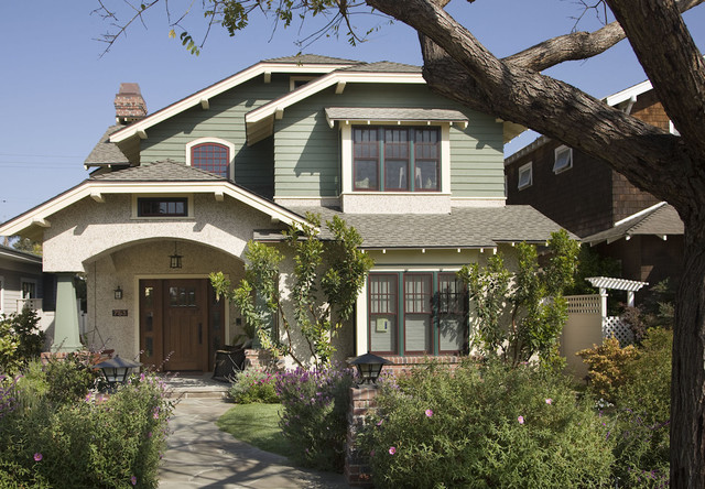 traditional exterior by Dorothy Howard AIA, Architect