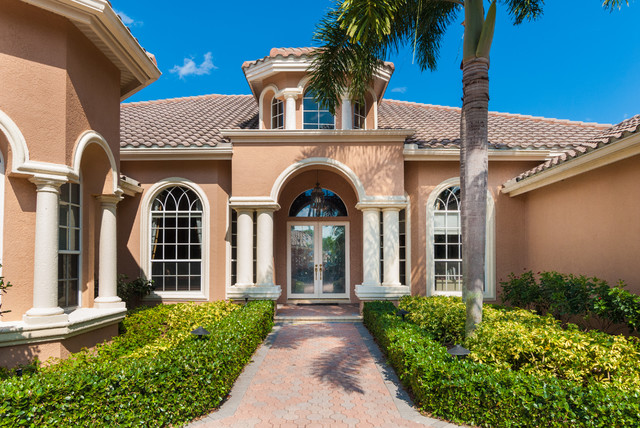 Custom homes by mercedes premier homes mediterranean Mediterranean custom homes