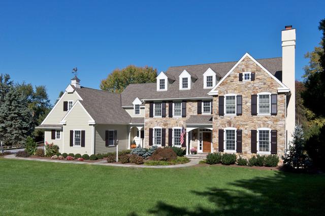 Custom Homes Exterior Traditional Exterior