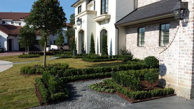 Custom Landscape traditional-exterior