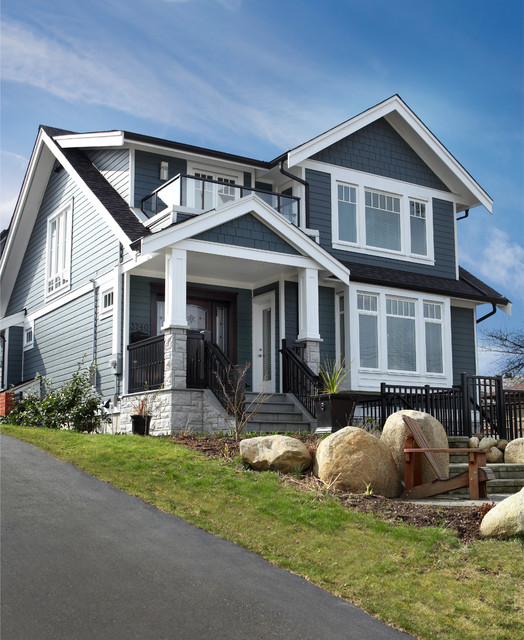 Custom modern craftsman new home build traditional for Contemporary traditional home exterior