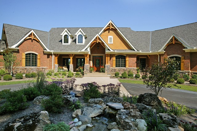 Custom ranch rustic exterior cincinnati by robert for Executive ranch homes