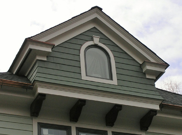 Custom victorian style home gable detail for Custom built victorian homes