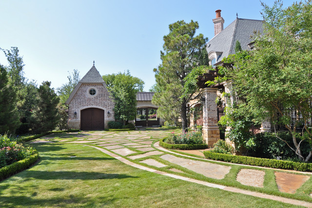 Dallas Area Residence traditional-exterior