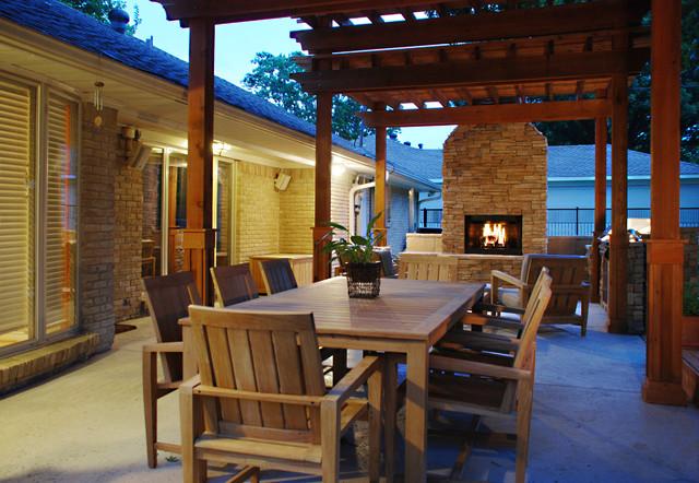 Dallas outdoor living contemporary-exterior