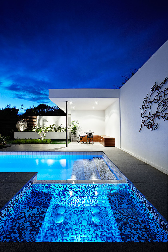 Trendy exterior home photo in Melbourne