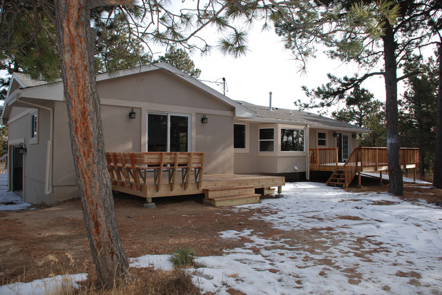 Deck and Exterior traditional-exterior