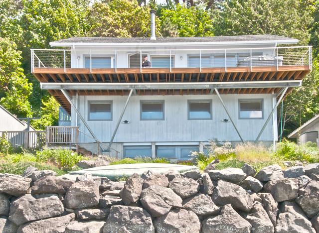Decks contemporary-exterior