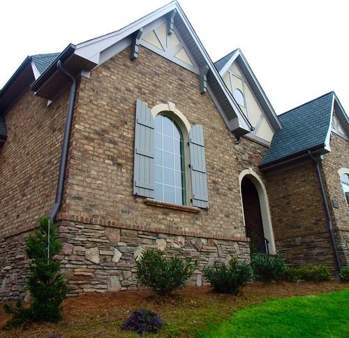 Homes Featuring Old Irvington Brick Pine Hall Brick Inc