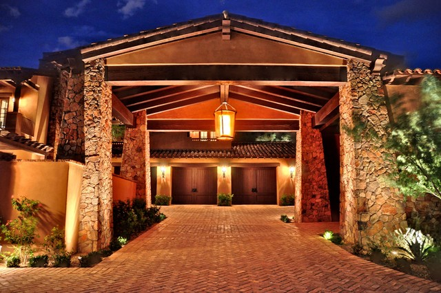 Desert Dwelling Architecture traditional-exterior