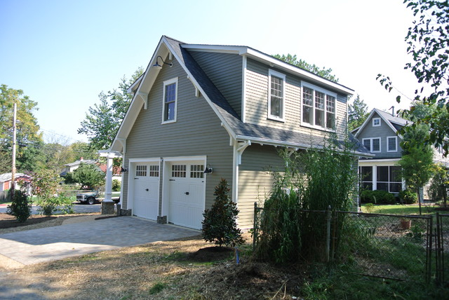 Detached Garage With Apartment Craftsman Shed