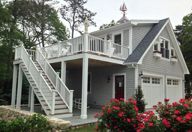 Detached Garage with deck & Loft - Traditional - Exterior ...