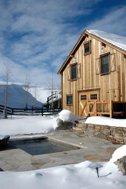 Diamond Star Ranch rustic-exterior