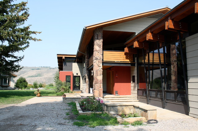 Double T Ranch on  Spring Gulch Road eclectic-exterior
