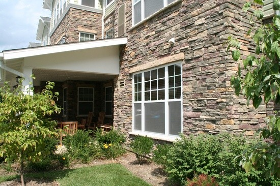 Dry stack stone siding for home exterior accents for Rock for house exterior