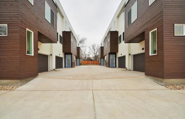 E 2nd street for Aggiunte garage per case in stile ranch