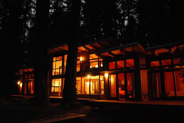 Eagle Rock Retreat Exterior contemporary-exterior