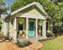 East Austin Bungalow traditional-exterior