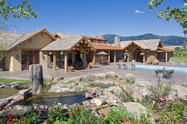 East Gallatin Residence traditional-exterior