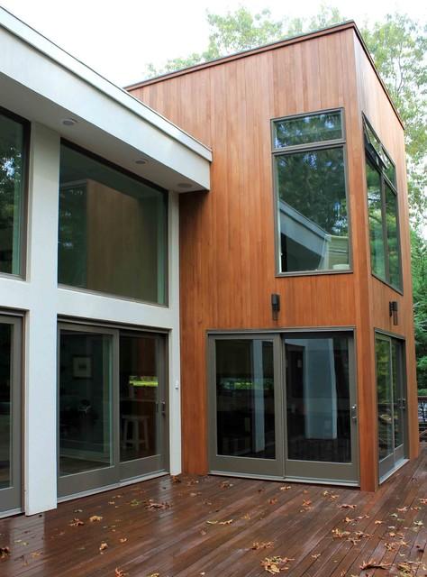 East Hampton, NY modern-exterior