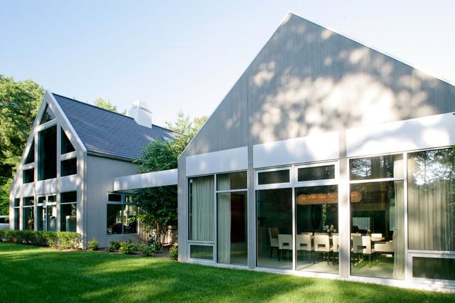 Modern Farmhouse farmhouse-exterior