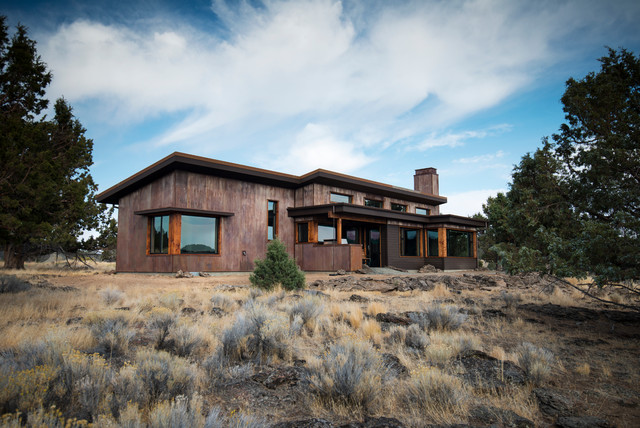 Eastern Oregon Modern Ranch modern-exterior