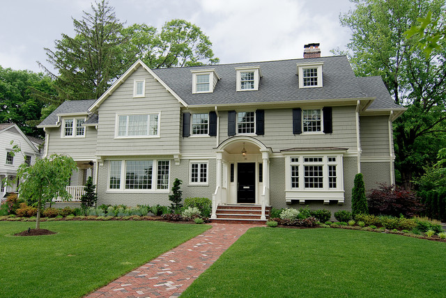 Edgemont road house montclair nj traditional for Photos of new homes exteriors