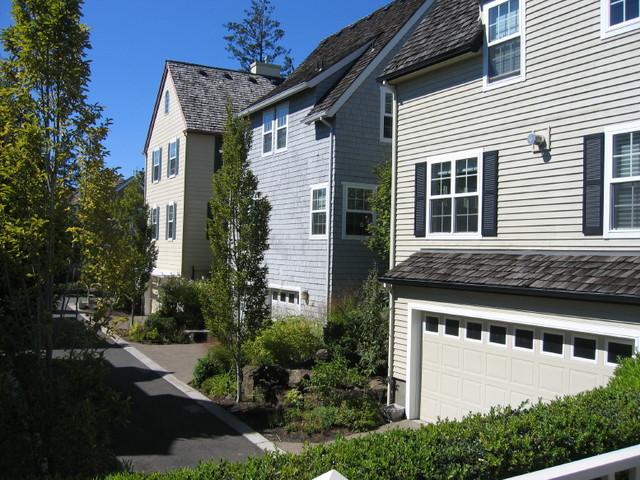 Edgewood Condominiums - Forest Heights neighborhood, Portland, OR traditional-exterior