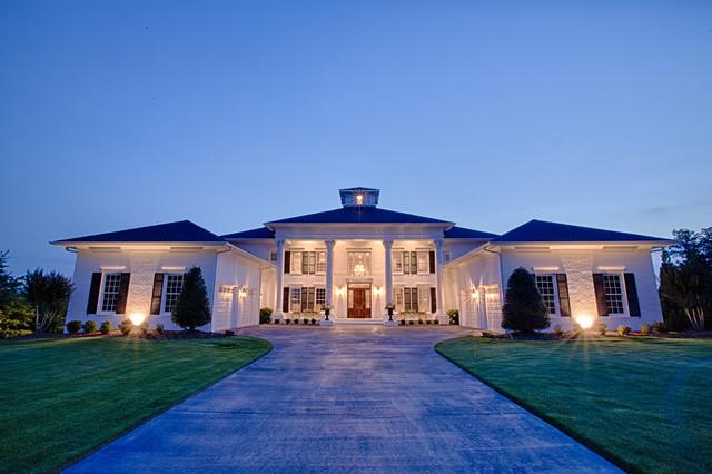 Elegant Custom Home On Lake Tuscaloosa Traditional