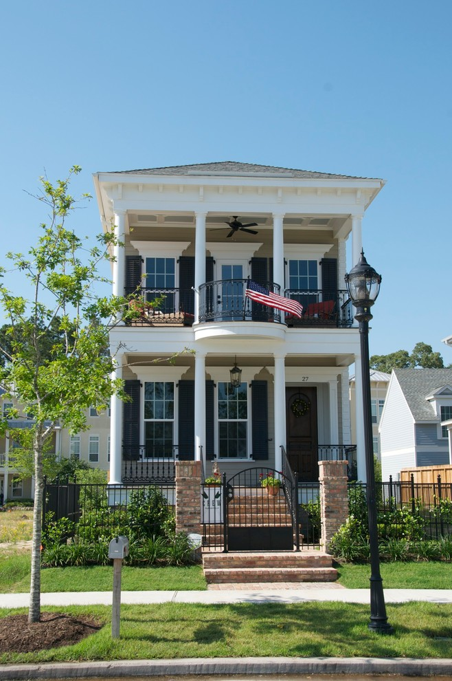 Example of a classic exterior home design in Houston