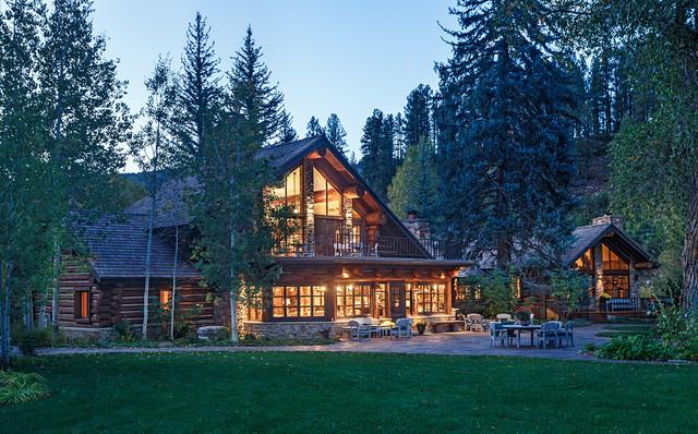 Elk park estate rustic exterior albuquerque by for Rustic home albuquerque