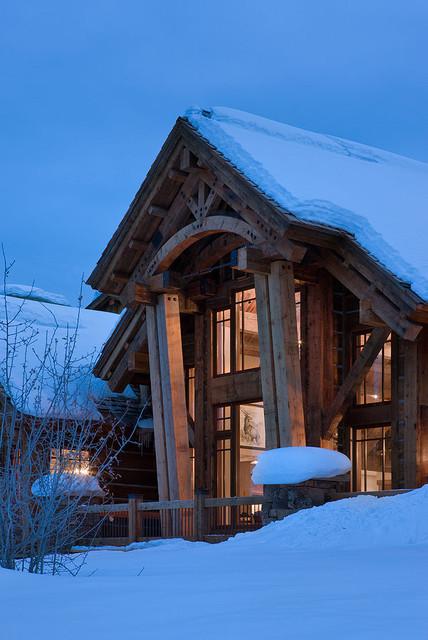 Elk Ridge Lodge traditional-exterior
